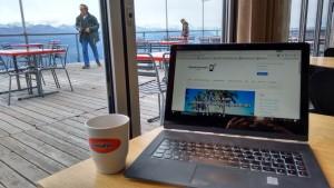 Auch Festangestellte können als Digitale Nomaden arbeiten