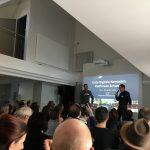 Rolf Arni und Lorenz Ramseyer eröffnen die Konferenz